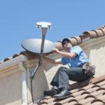 Die regelmäßige Wartung, Pflege und Reinigung einer Satellitenschüssel
